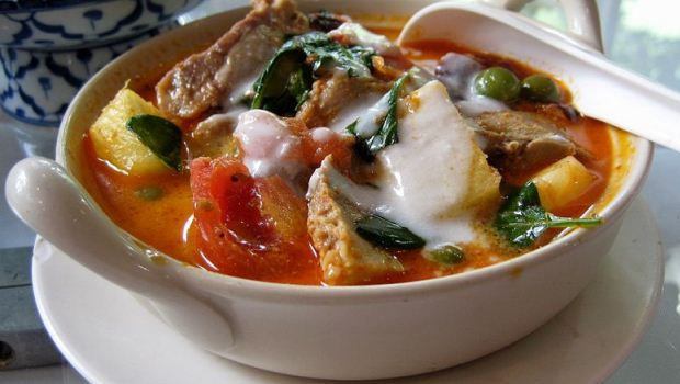 How to Cook Kapitan Chicken Curry