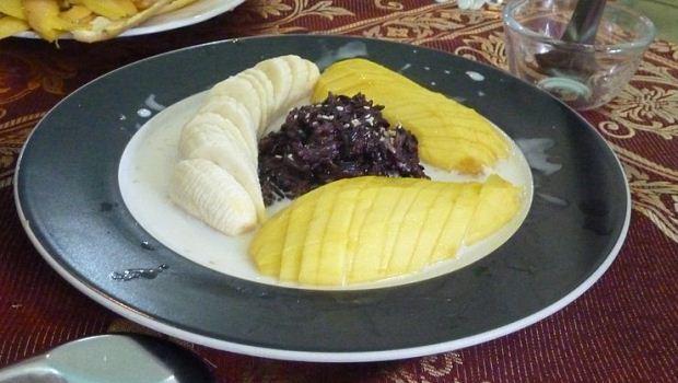 How to Cook Khao Niaow Ma Muang (Mango Sticky Rice)