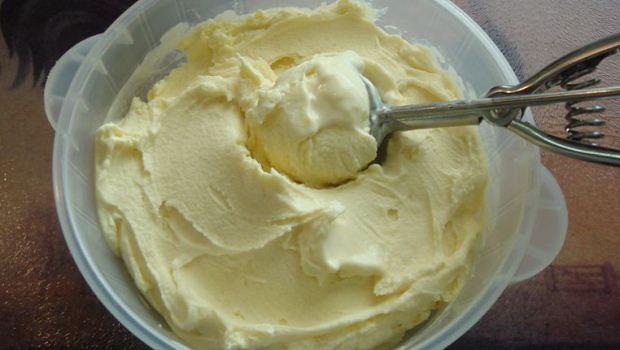 How to Make Lemon Grass Ice Cream And Pineapple Salsa