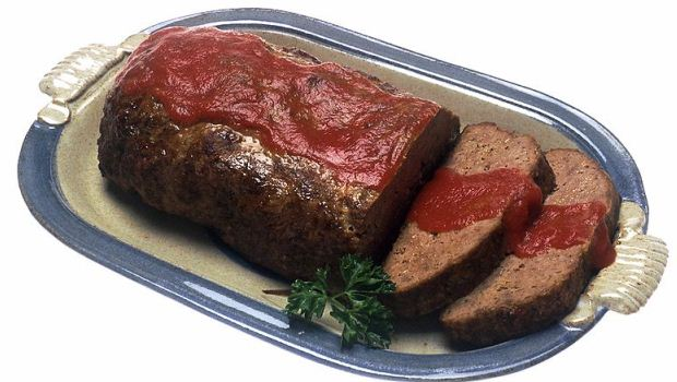 How to Bake Pork Meatloaf With Sour Cream