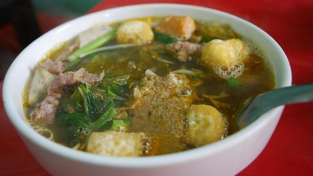 How to Cook Canh Chua Ca ( Sour Fish Soup)