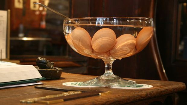 How to Make Pickled Quail Eggs