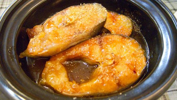 How to Cook Ca Kho To (Fish in Caramel Sauce)