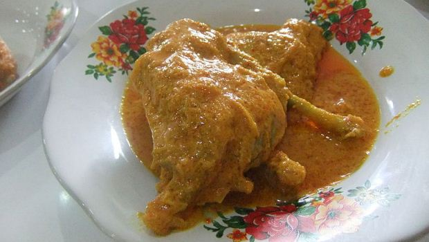 How to Cook Chicken and Cashew Curry