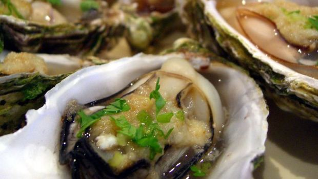 How to Cook Oysters in Black Bean Sauce