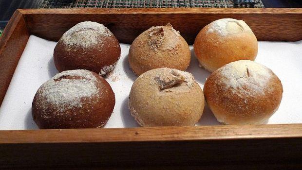 How to Bake Pumpernickel Bread