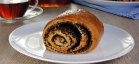 German Mohnschnecken Poppy Seed Roll Recipe