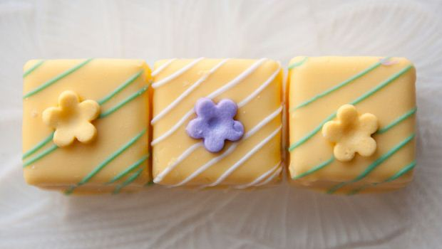 How to Make Lemon Petit Fours